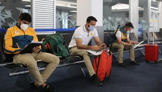 পাকিস্তানের ক্রিকেটাররা  শারীরিকভাবে মানসিকভাবে ক্ষতিগ্রস্ত