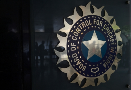 Twenty-eight-cricketers-in-four-grades-under-the-BCCI's-central -ontract